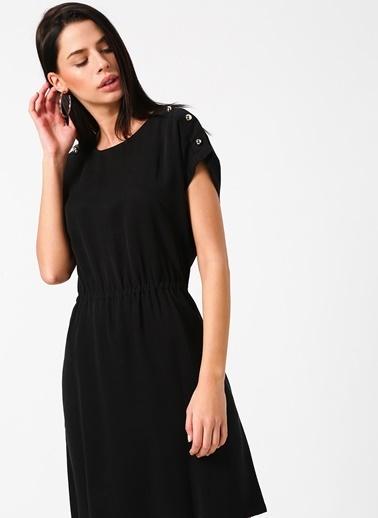 Fabrika Kısa Kollu Beli Büzgülü Elbise Siyah